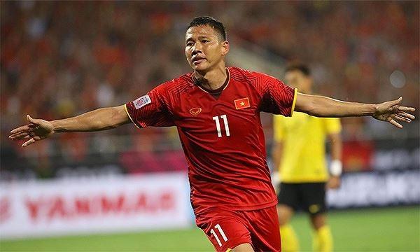 Anh Đức tỏa sáng rực rỡ trước Malaysia