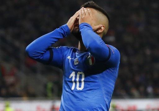 Italia bất lực trong việc xuyên thủng mành lưới Bồ Đào Nha