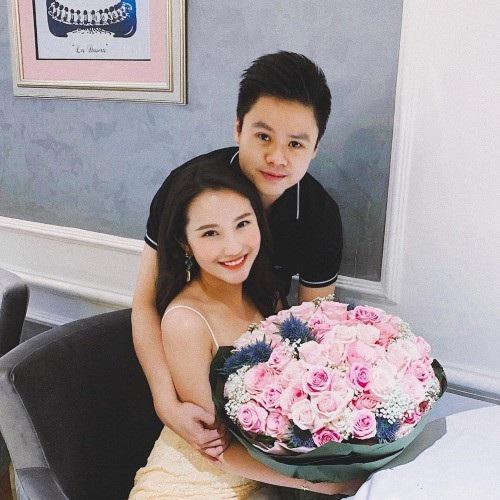Hotgirl Primmy Trương hạnh phúc đón sinh nhật tuổi 26 bên bạn trai Phan Thành.