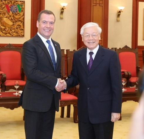 Tổng Bí thư, Chủ tịch nước Nguyễn Phú Trọng và Thủ tướng Liên bang Nga Medvedev (ảnh: VOV)