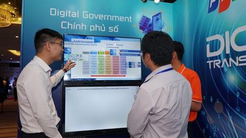 Xây dựng Chính phủ điện tử/Chính phủ Số hiện đang là mục tiêu trọng điểm của chính phủ Việt Nam.