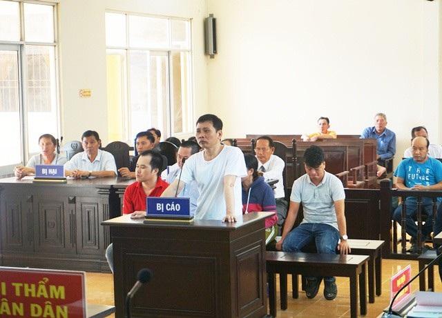 Bị cáo Tăng Hoàng Mai tại tòa.