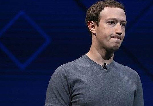 Mark Zuckerberg không có ý định từ chức khỏi Facebook dù đang là người phải chịu nhiều sự chỉ trích với các sự cố gặp phải của mạng xã hội này