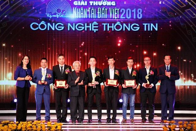 Ứng dụng hệ sinh thái gọi xe FastGo Việt Nam của Công ty Cổ Phần FastGo Việt Nam là 1 trong những sản phẩm giành giải 3 Nhân Tài Đất Việt 2018.