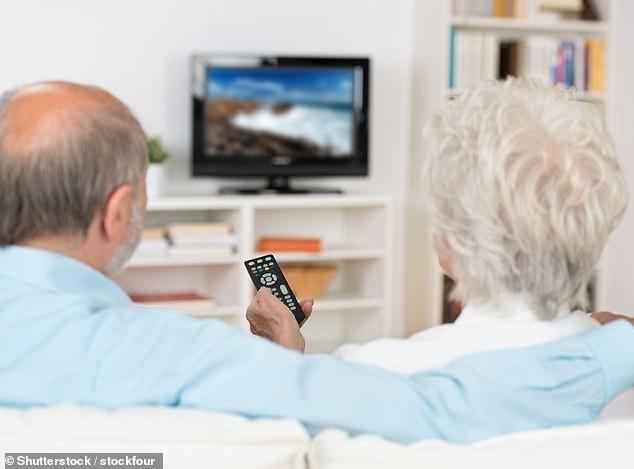 Nghiên cứu đã liên hệ việc xem tivi nhiều với các thói quen như hút thuốc lá, uống rượu và ăn uống kém cũng như mối đe dọa bệnh tim.
