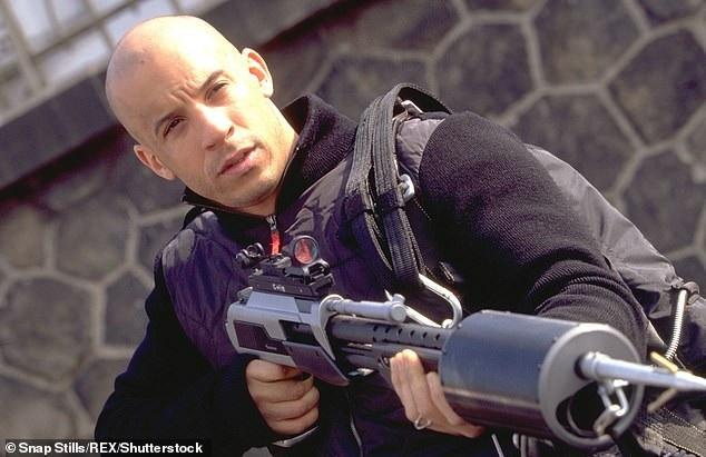 Vin Diesel lần đầu vào vai Xander Cage hồi năm 2002