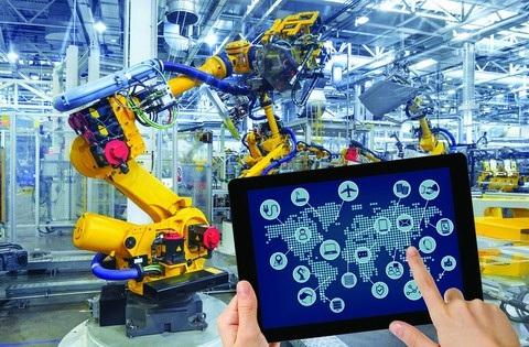 Cách mạng lần thứ 4 diễn ra trong ngành công nghiệp, công nghệ cao có thể khiến lao động Việt giản đơn mất đi cơ hội nghề nghiệp.