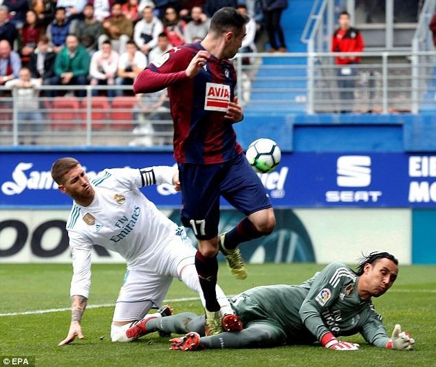 Eibar từng gây nhiều khó khăn cho Real Madrid ở mùa giải năm ngoái