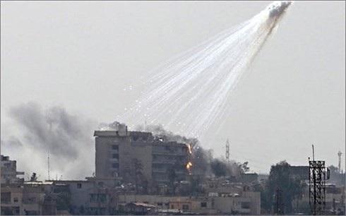 Một vụ tấn công bằng bom phốt pho trắng tại Syria. Ảnh: Yournewswire.