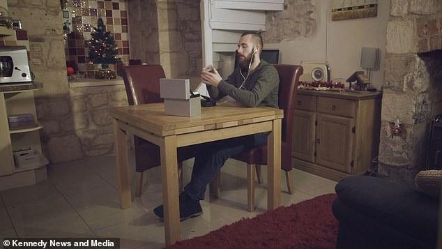 Hình ảnh trong clip