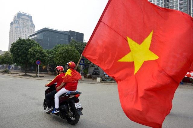 Việt Nam 3-0 Campuchia: Giành ngôi đầu bảng - 36
