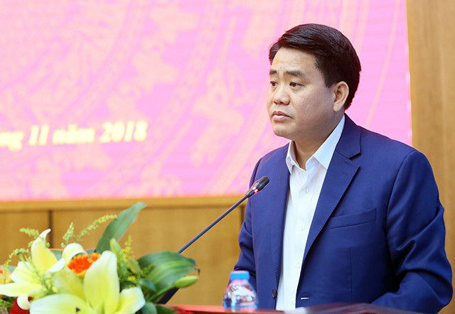 Ông Nguyễn Đức Chung - Chủ tịch UBND TP Hà Nội trả lời cử tri quận Ba Đình và Tây Hồ