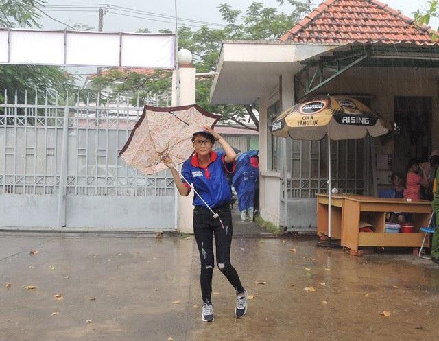Các hoạt động dạy học, ngoại khóa ở TPHCM phải ngưng bắt đầu từ 12h trưa 24/11 để tránh bão số 9