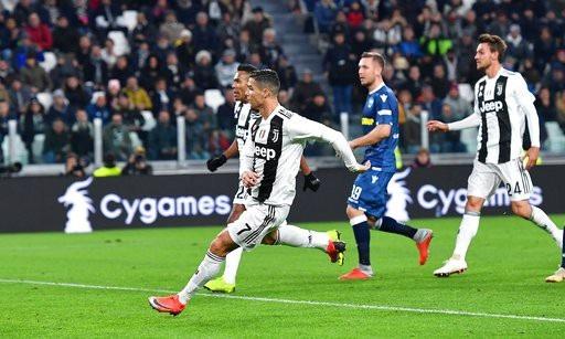 Juventus 2-0 SPAL: C.Ronaldo vượt lên dẫn đầu Vua phá lưới - 7