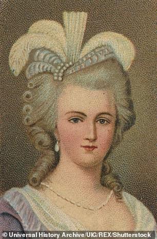 Hoàng hậu Marie Antoinette là người nổi tiếng yêu nữ trang