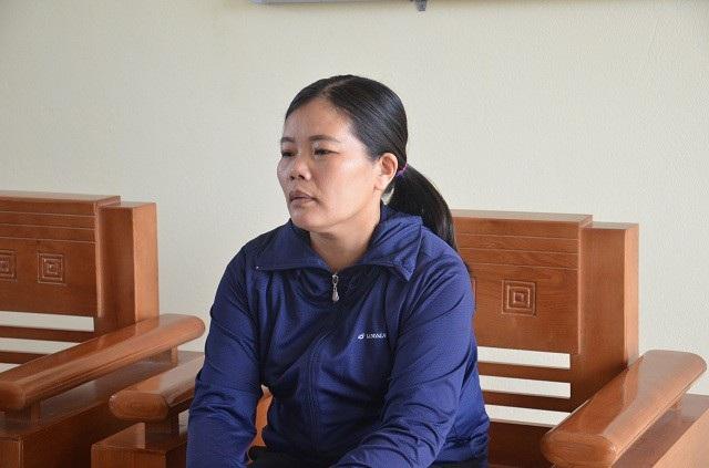 Cô Nguyễn Thị Phương Thủy - Trường THCS Duy Ninh (Quảng Bình) – người yêu cầu mỗi bạn học sinh trong lớp phải tát liên tiếp 10 cái thật mạnh vào má em Hoàng L.N (SN 2007, học lớp 6) do em N nói tục. Tổng cộng với 231 cái tát, em N đã phải nhập viện.