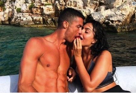 Georgina Rodriguez và CR7 bắt đầu hẹn hò từ năm 2016