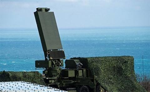 Hình ảnh radar Yenisei, được cho là sẽ được tích hợp trên S-500 (Ảnh: Rossiya-1)