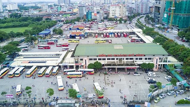 Hà Nội tạm thời chưa đóng cửa bến xe khách Mỹ Đình. (Ảnh: Toàn Vũ)