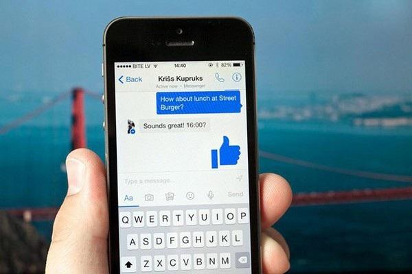 Nhiều tin nhắn cũ trên Facebook Messenger bất ngờ xuất hiện trở lại dưới dạng các tin nhắn chưa đọc khiến nhiều người bối rối