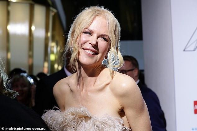 Nicole Kidman cười rạng rỡ khi dự lễ trao giải ARIA Awards diễn ra tại Úc ngày 27/11 vừa qua
