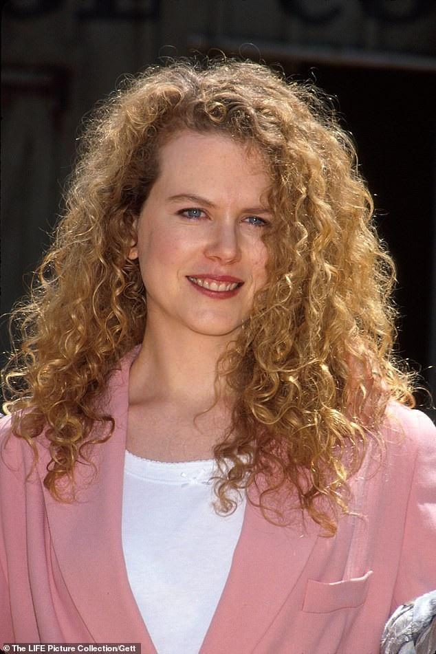 Nicole Kidman của hiện tại và cách đây hơn 20 năm (ảnh) hầu như không mấy thay đổi.