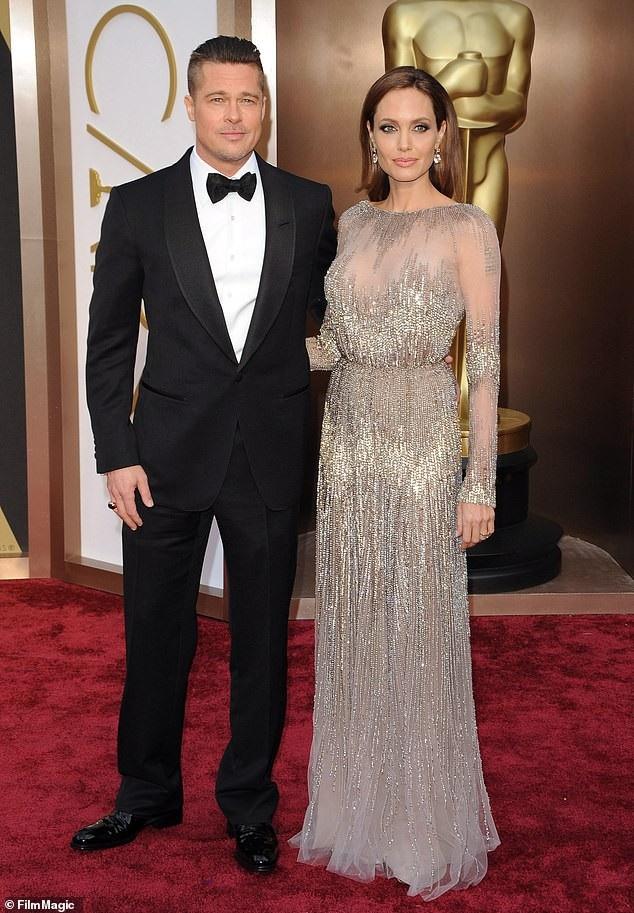 Brad Pitt và Angelina Jolie vẫn đang nỗ lực đạt được thỏa thuận chung trước khi phải gặp nhau tại tòa để giải quyết vụ ly hôn giữa họ.