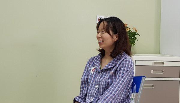Bảo Yến luôn tươi vui, lạc quan khi điều trị tại BV