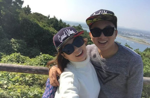 Hình ảnh hạnh phúc của Bảo Yến cùng chồng