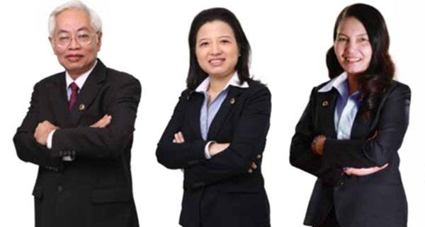 Từ trái qua: Ông Trần Phương Bình, bà Nguyễn Thị Ngọc Vân và bà Nguyễn Thị Kim Xuyến. Nguồn: Báo cáo thường niên 2012 của DongA Bank