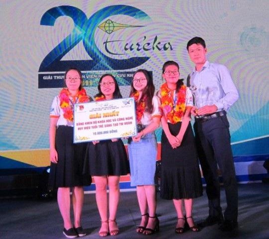 Lần đầu tiên sinh viên ĐH Quy Nhơn giành giải Nhất giải thưởng Sinh viên nghiên cứu khoa học Euréka.