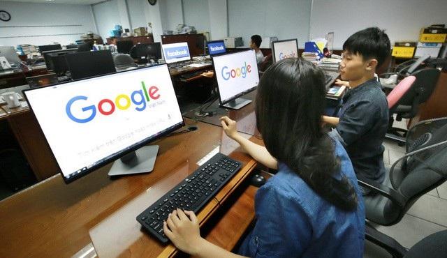 Yêu cầu các nhà cung cấp dịch vụ xuyên biên giới như Facebook, Google... đặt văn phòng, máy chủ tại Việt Nam tương tự như nhiều nước lớn đã và đang làm.