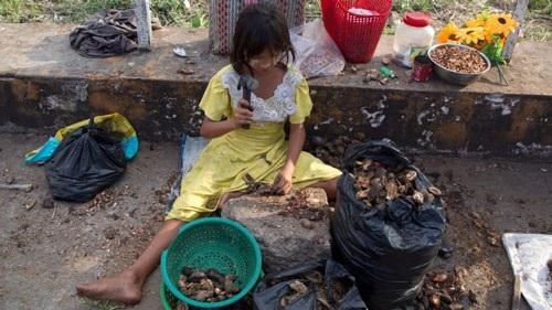 Gần nửa tỉ người ở châu Á - Thái Bình Dương đang thiếu ăn, bao gồm nhiều trẻ em Ảnh: AP
