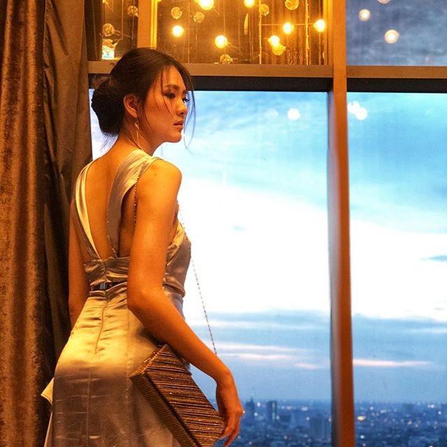 Nữ bác sĩ xinh đẹp ĐT Thái Lan tại AFF Cup khiến dân mạng xao xuyến - 14