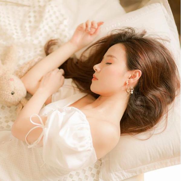 Quan điểm tình yêu sâu sắc của hot girl Midu ở ngưỡng tuổi 30 - 4