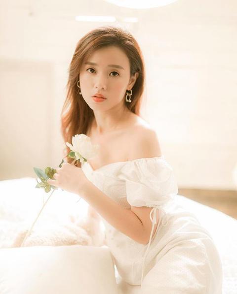 Quan điểm tình yêu sâu sắc của hot girl Midu ở ngưỡng tuổi 30 - 1