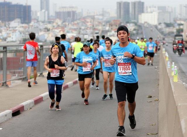 TPHCM cấm xe nhiều tuyến đường vào cuối tuần để tổ chức giải Marathon quốc tế (ảnh minh họa: T.V)