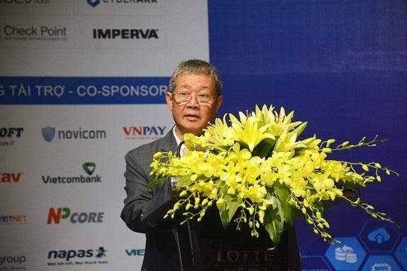 Thứ trưởng Bộ TT&TT Nguyễn Thành Hưng phát biểu khai mạc sự kiện.
