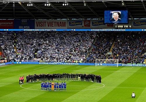 Ngôi sao Leicester City bật khóc trong phút mặc niệm ông chủ người Thái - 10