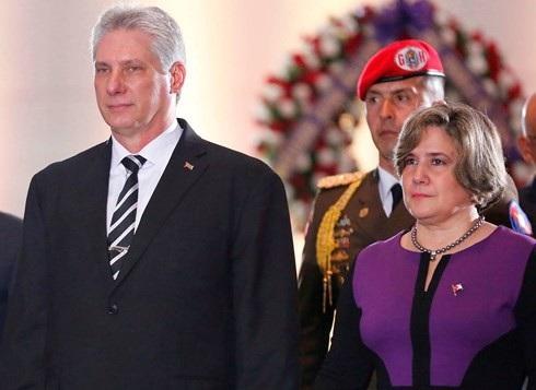 Chủ tịch Hội đồng Nhà nước và Hội đồng Bộ trưởng nước Cộng hòa Cuba Miguel Mario Diáz Canel Bermúdez và Phu nhân (ảnh: El Nuevo Herald)