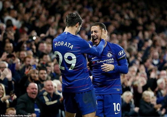 Morata (trái) thi đấu ấn tượng và đem về cú đúp cho Chelsea trong trận gặp Crystal Palace