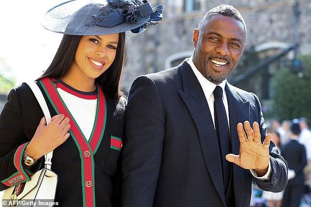 Idris Elba bên bạn gái Sabrina Dhowre