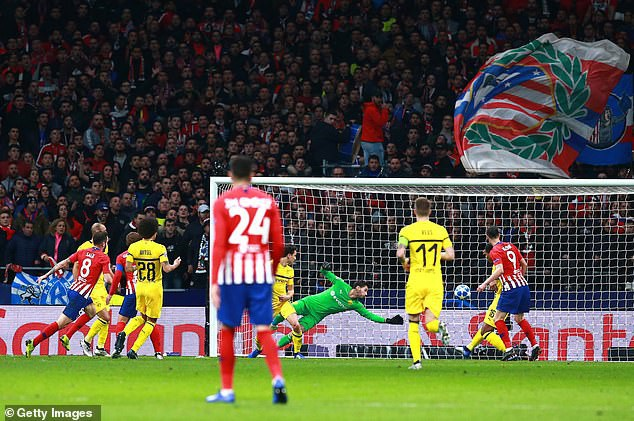 Atletico chơi trận đấu ấn tượng và áp đảo Dortmund liên tục