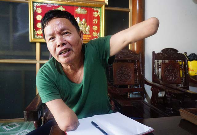 Cựu lính pháo binh Nguyễn Văn Linh và đôi bàn tay cụt đến khuỷu