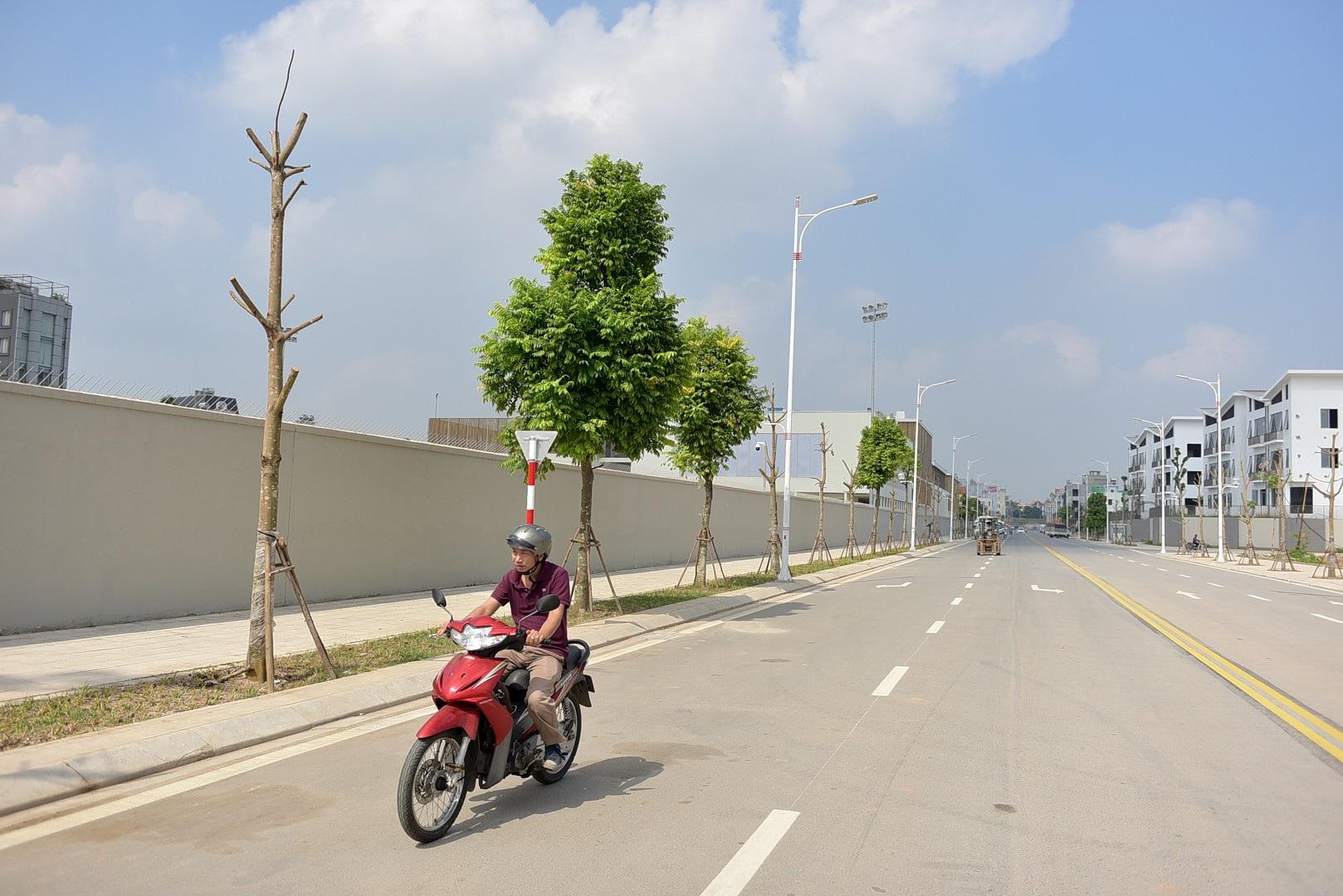 Ngắm con đường 650m đầu tư 200 tỷ mới thông tại Hà Nội - Ảnh 5.