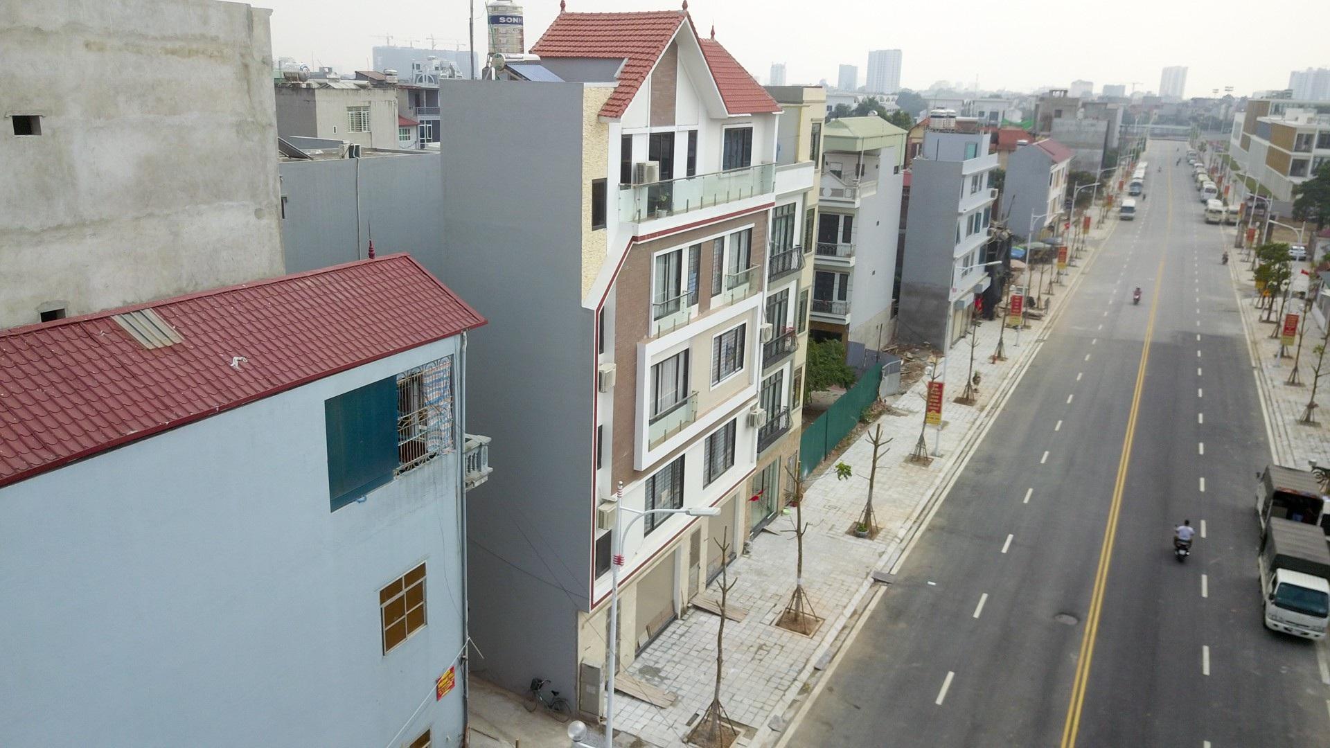 Ngắm con đường 650m đầu tư 200 tỷ mới thông tại Hà Nội - Ảnh 11.