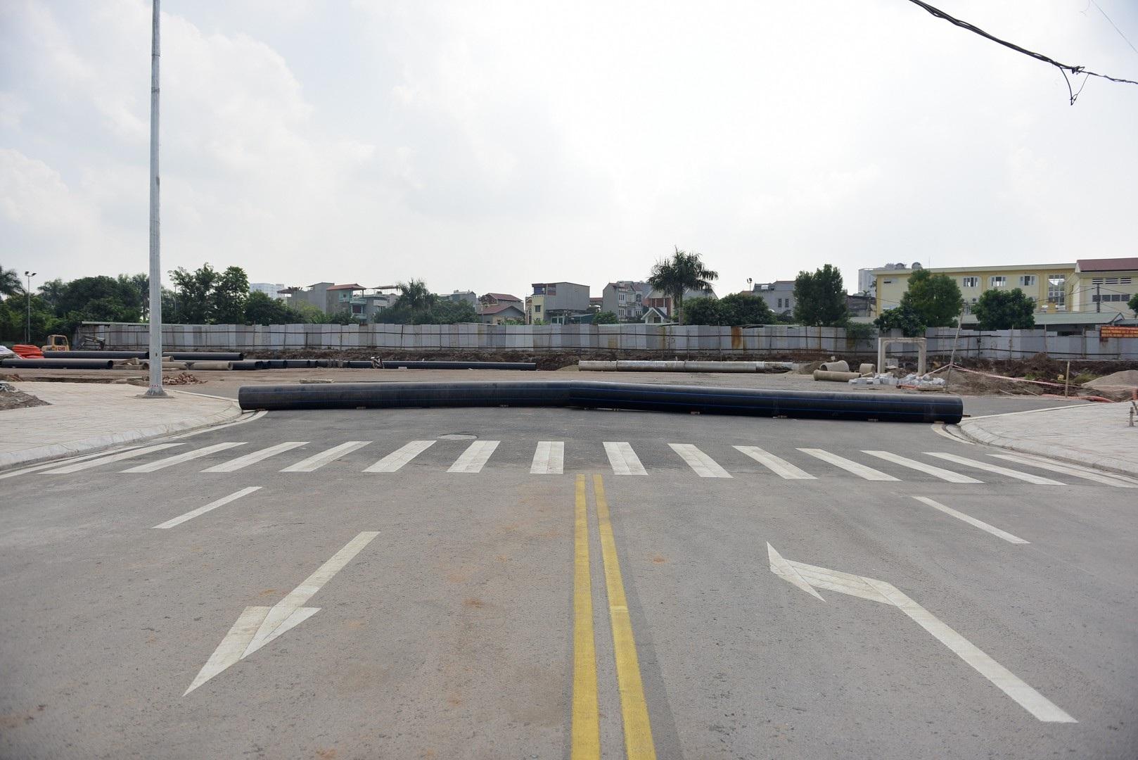 Ngắm con đường 650m đầu tư 200 tỷ mới thông tại Hà Nội - Ảnh 14.