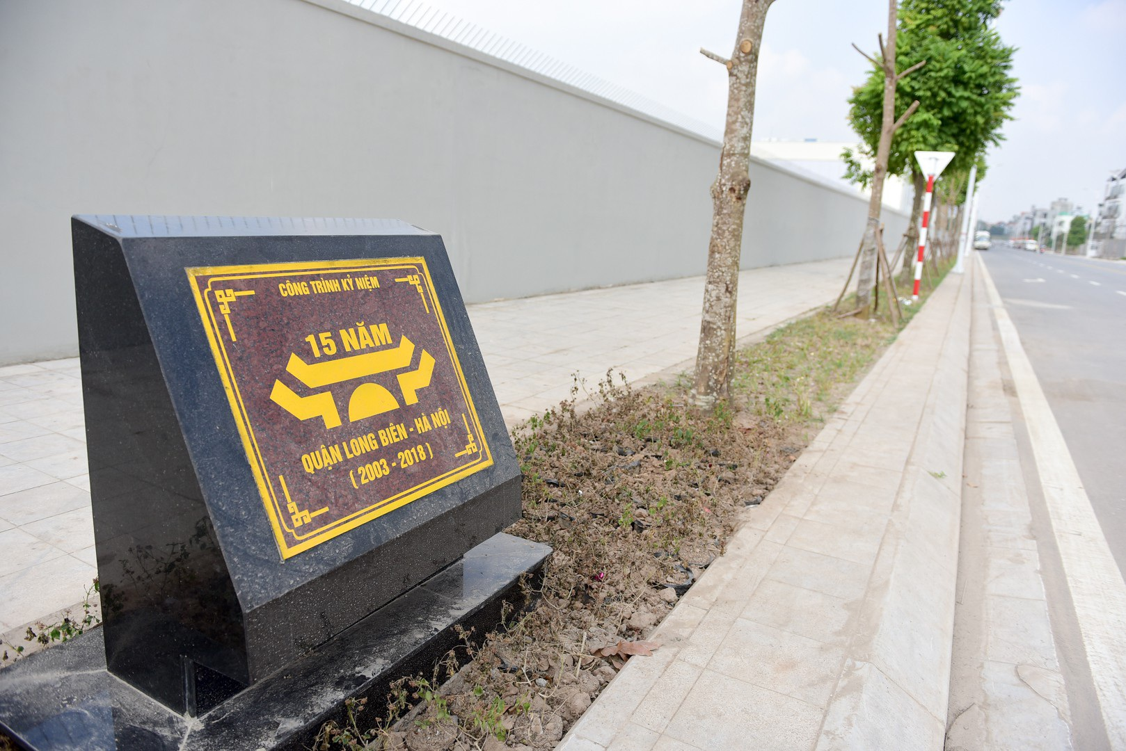 Ngắm con đường 650m đầu tư 200 tỷ mới thông tại Hà Nội - Ảnh 12.
