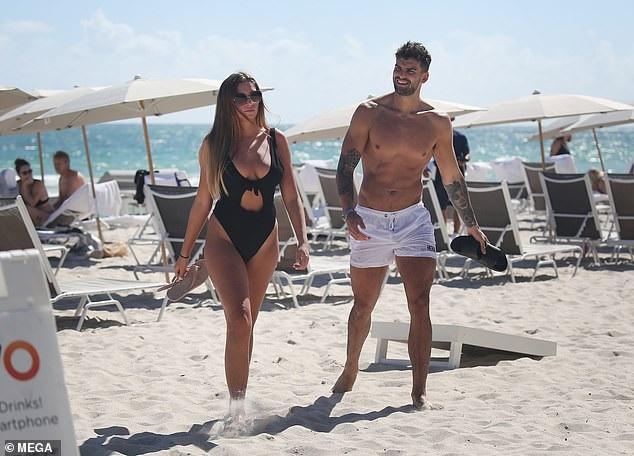 Zara McDermott từng chia sẻ, cô bị thu hút bởi Adam Collard ngay từ những ngày đầu tham gia show truyền hình Love Island.