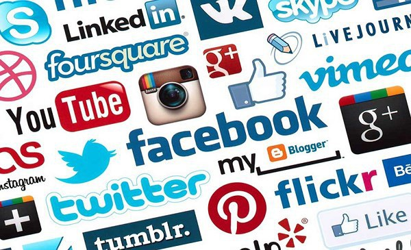Người đứng đầu Bộ Thông tin và Truyền thông cho rằng, báo chí không nên chạy đua với mạng xã hội về việc đưa tin nhanh nhất